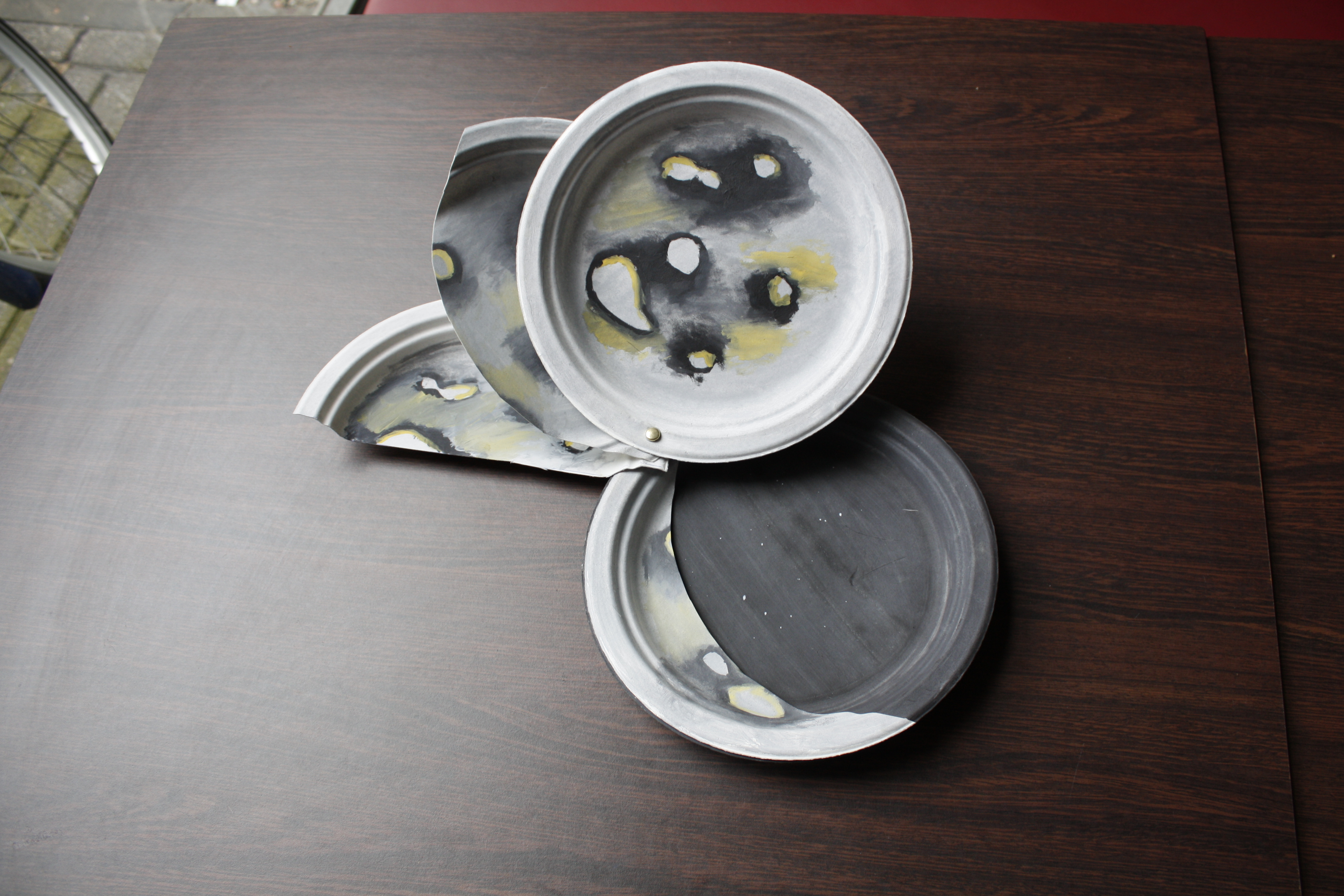 Activity Materials (Image 6) & Paper Plates: Moon Phases | Activities | UNAWE