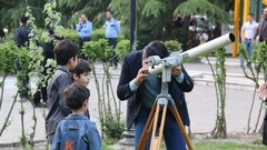 Telescope viewing activities with UNAWE Iran
