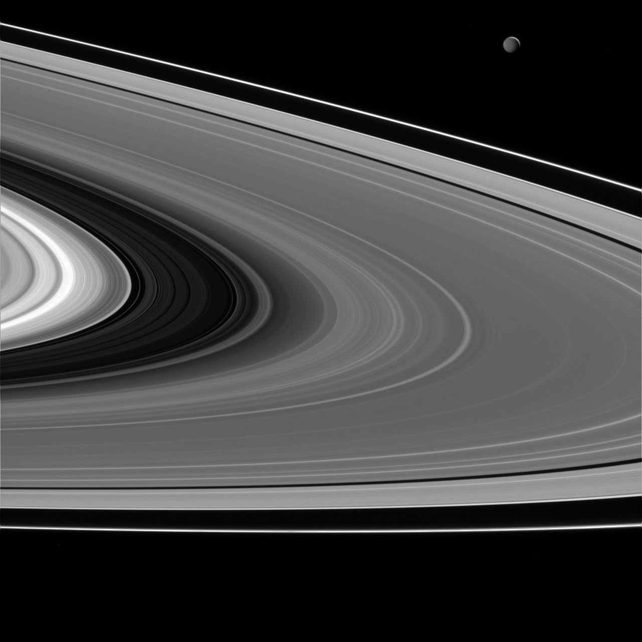 Saturn S Rings Are Warm And Fuzzy Space Scoop Unawe